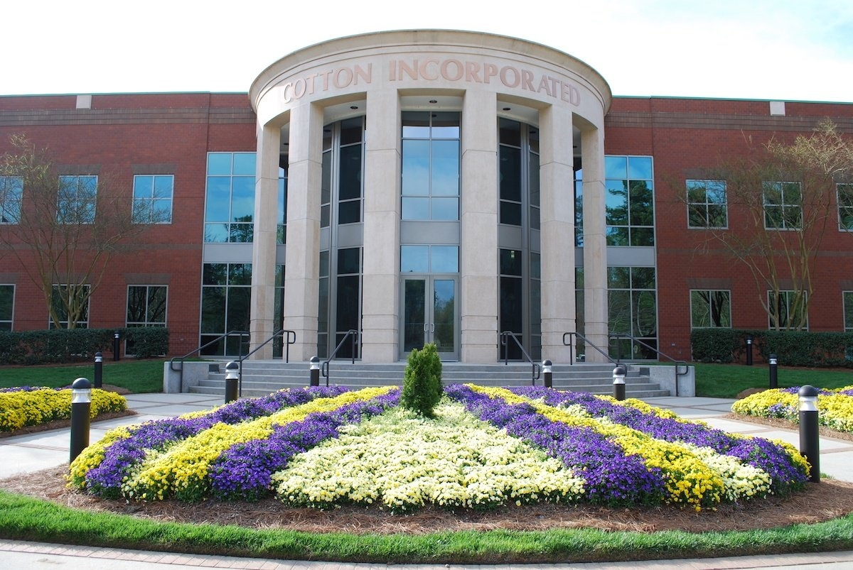 Commercial landscape entrance with flowers